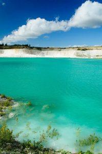Dänemark Smaragd See Kalkstein türkis Wasser